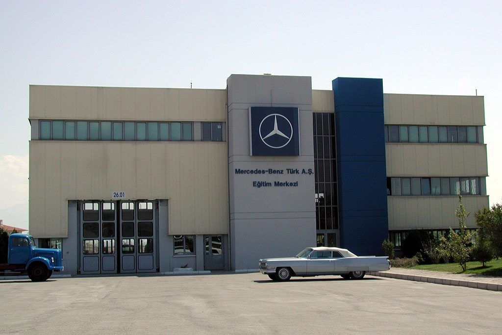 Education center cans n n aat sanayi for Mercedes benz training center